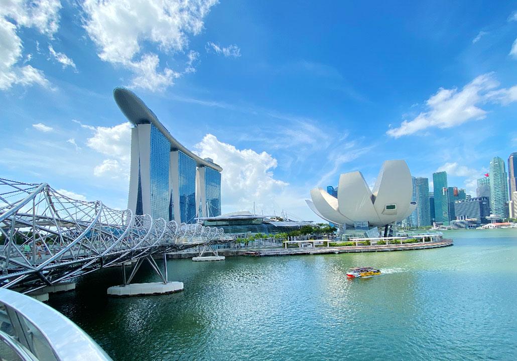 (Singapur)